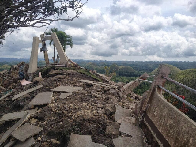 Chocolate Hills Viewing Deck, Bohol | Cebu Bohol Earthquake