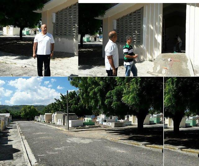 Alcalde municipal de Barahona, Doctor Noel Octavio Suberví Nin (Tavito), supervisa trabajos terminación de capilla religiosa y acondicionamiento del cementerio Don Américo Melo en esta ciudad.