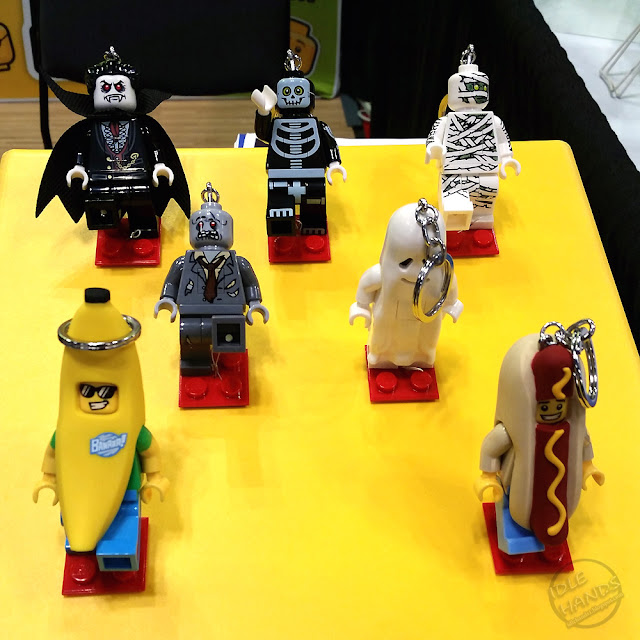 BEA 2018 Santoki Lego Merchandise Flashlights