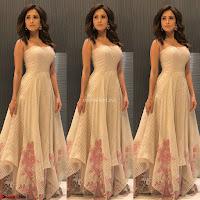 Nushrat Bharucha New Bollywood sensation from Sonu Ke u Ki Sweety Exclusive Unseen Pics ~  Exclusive Gallery 013.jpg
