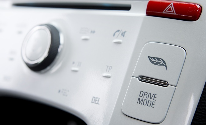 Chevrolet Volt drive mode button
