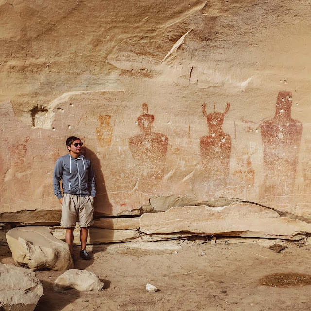 Ancient paintings on walls of mountain Aliens.