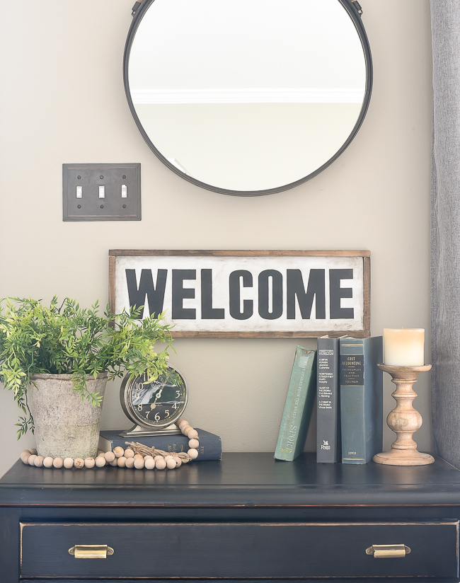 Easy vintage inspired farmhouse signs