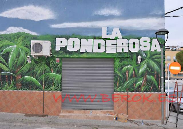 Mural selva fachada