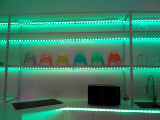 Contoh penggunaan Philips Hue Lightstrips
