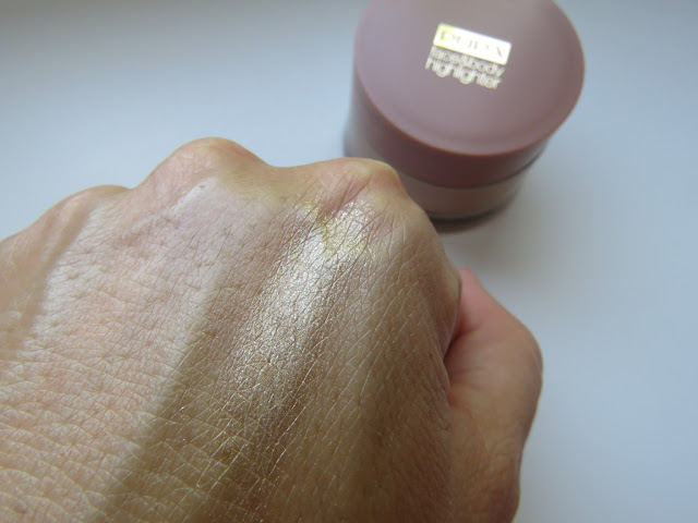 PUPA_MILANO_highlighter_swatch