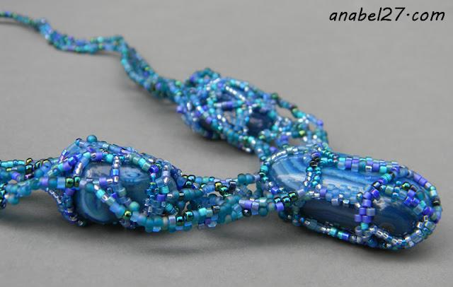 украшения от Anabel - бисерный фриформ колье с агатами
