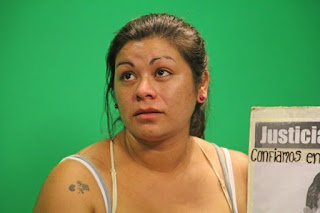 Ocurrió en la Central de Policía cuando le llevaba comida a su pareja, Nery Calvo. De acuerdo a lo informado a última hora de este martes, fue porque tenía un pedido de captura.