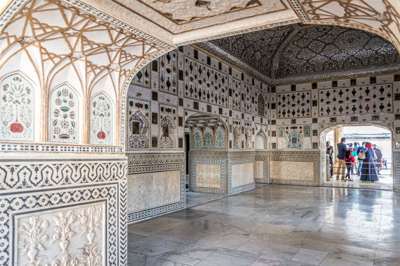 Inner side of the Sheesh Mahal