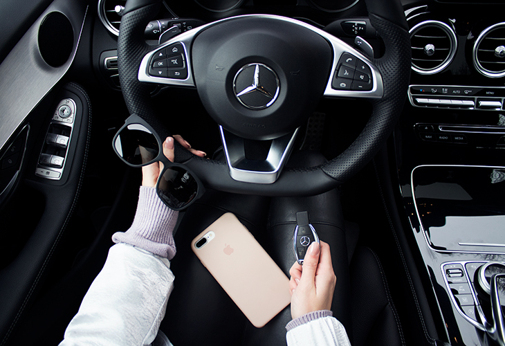 Fashion Attacks fashionable drive with Mercedes-Benz Amsterdam Fashion Week