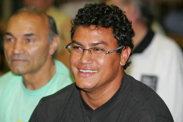 Adeus de Popó será com mexicano, que soma 9 derrotas em 11 lutas