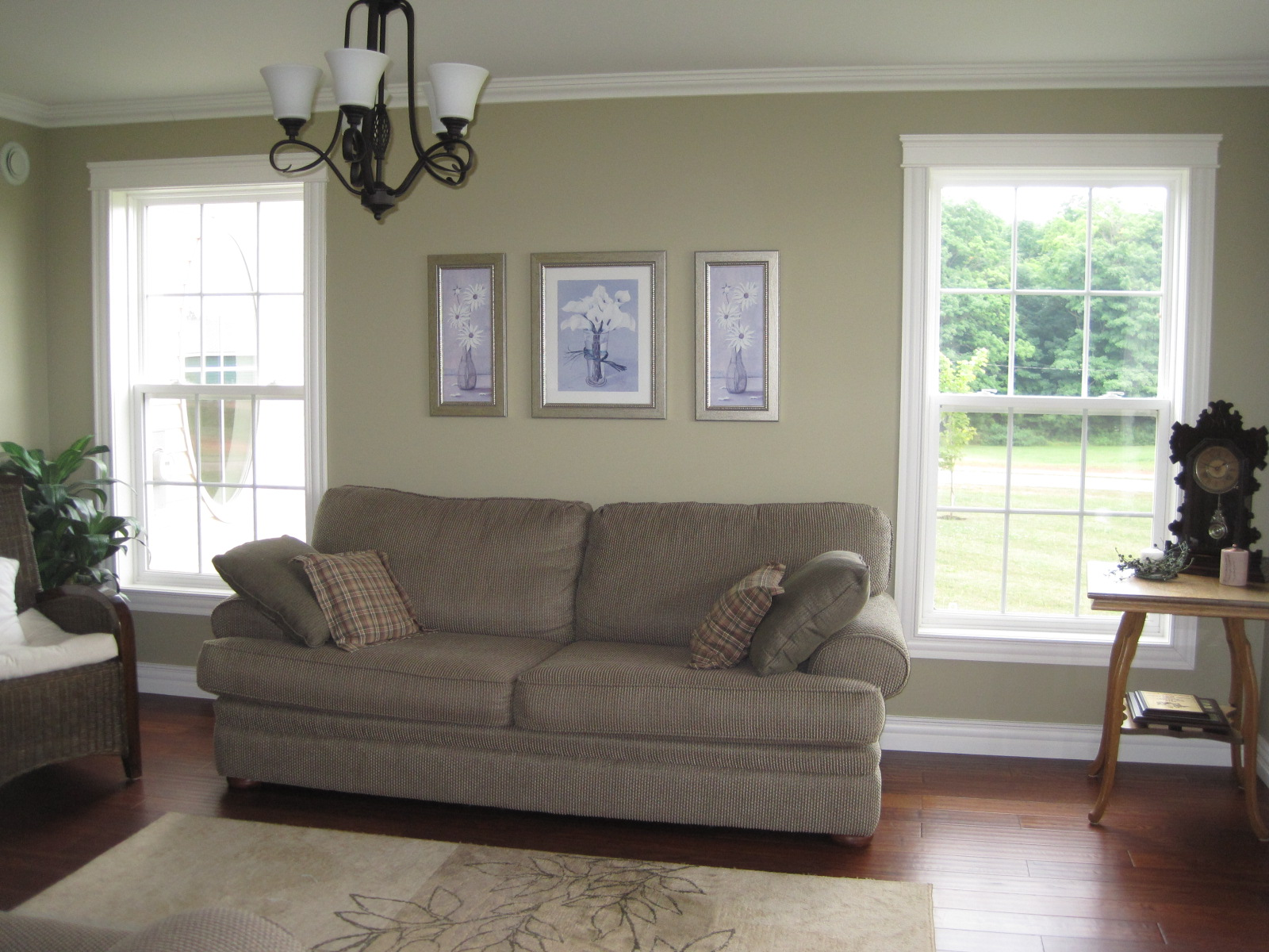 Modern jane ellen 39 s house part 2 - Benjamin moore revere pewter living room ...
