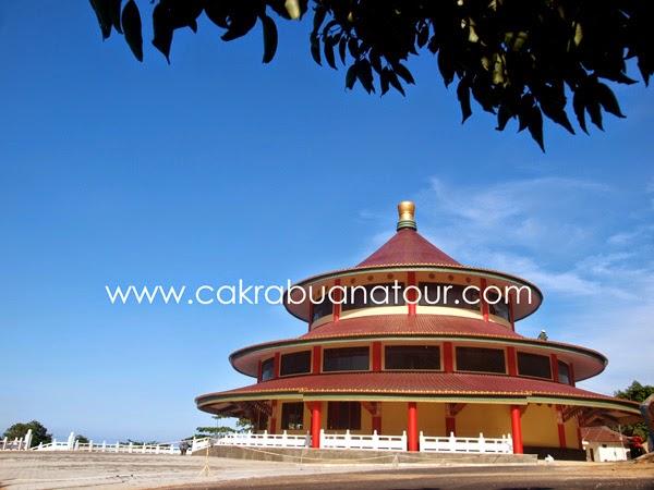 Pagoda Vihara Puri Tri Agung Pantai Tikus sungailiat bangka belitung tour