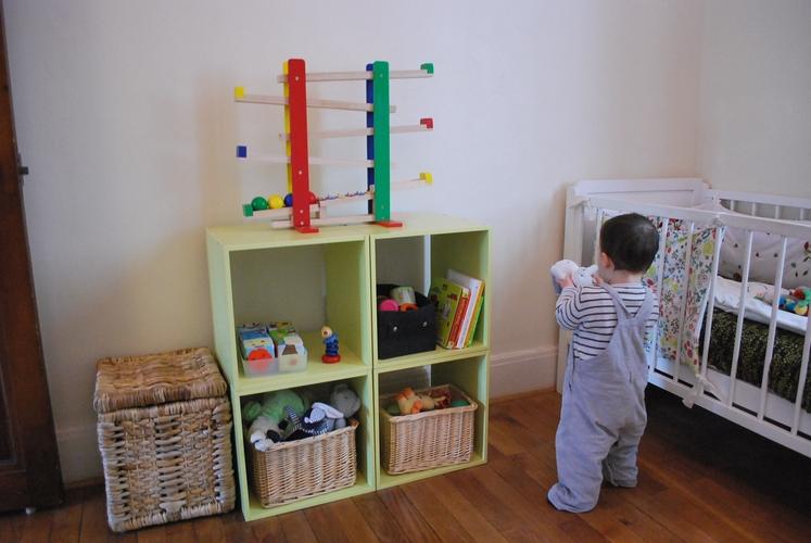 inspiration chambre montessori. Black Bedroom Furniture Sets. Home Design Ideas