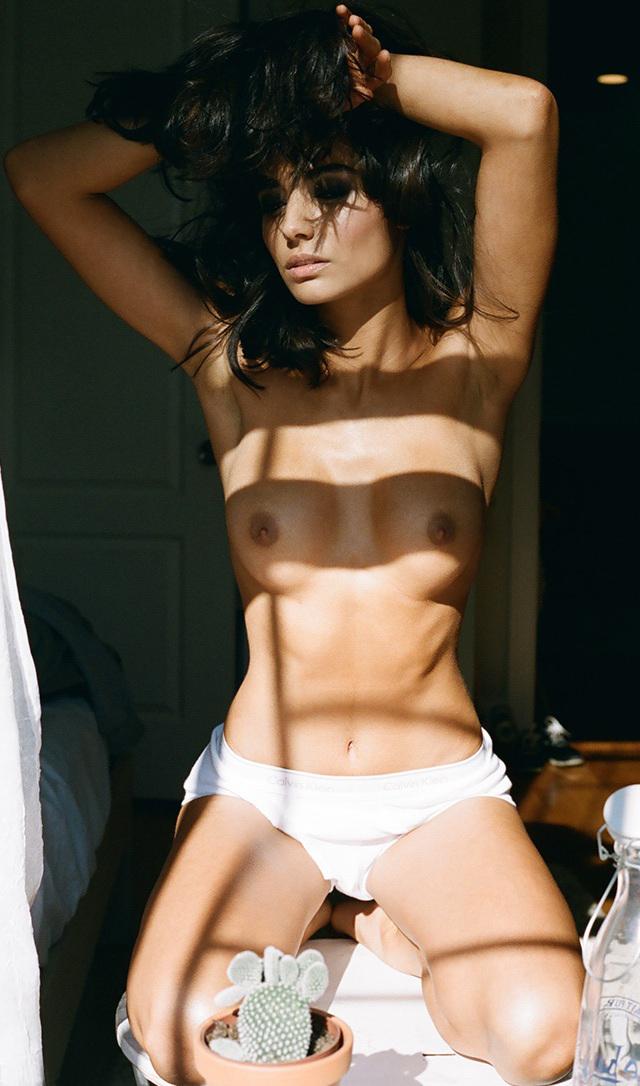 Melina Dimarco en topless