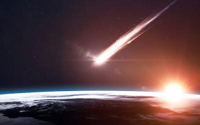 meteorito en colisiòn con la tierra