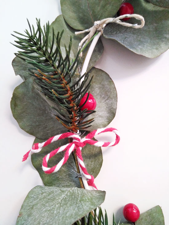 manualidad-decorar-corona-navidad