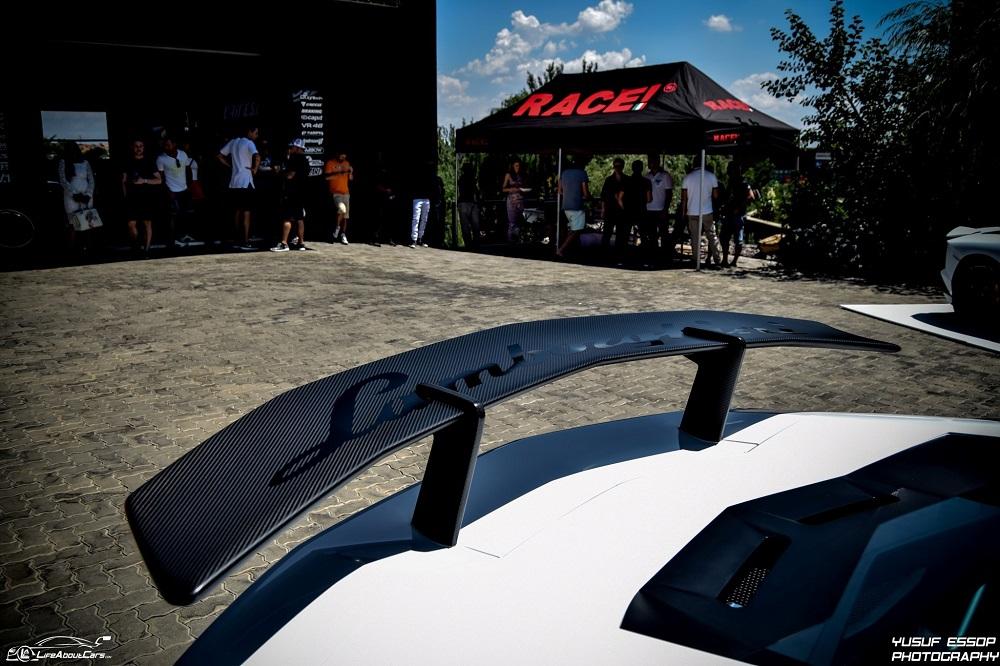 Lamborghini Aventador LP750-4 SV độ ống xả Armytrix tại Nam Phi