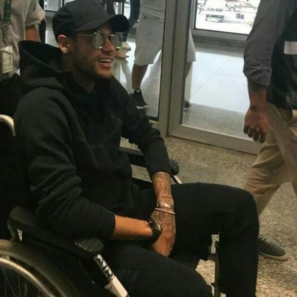 Médico confirma cirurgia para sábado e dá prazo de até 3 meses para volta de Neymar