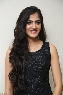 Simran Chowdary Model in Beautiful Black Dress at FBB Miss India 2017 finalists at Telangana auditions (38).JPG