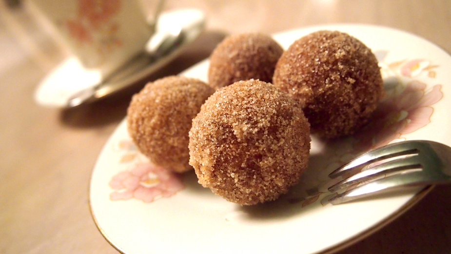 Recipe: make your own timbits at home with cake pop machine