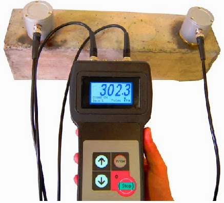 Ultrasonic pulse velocity tester for concrete quality control and inspection