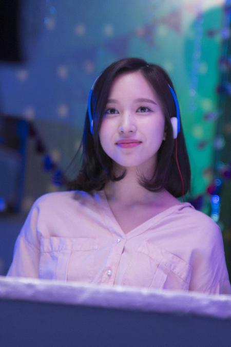 Wallpaper Mina Twice 2018 What Is Love Behind The Scene 450 X 675