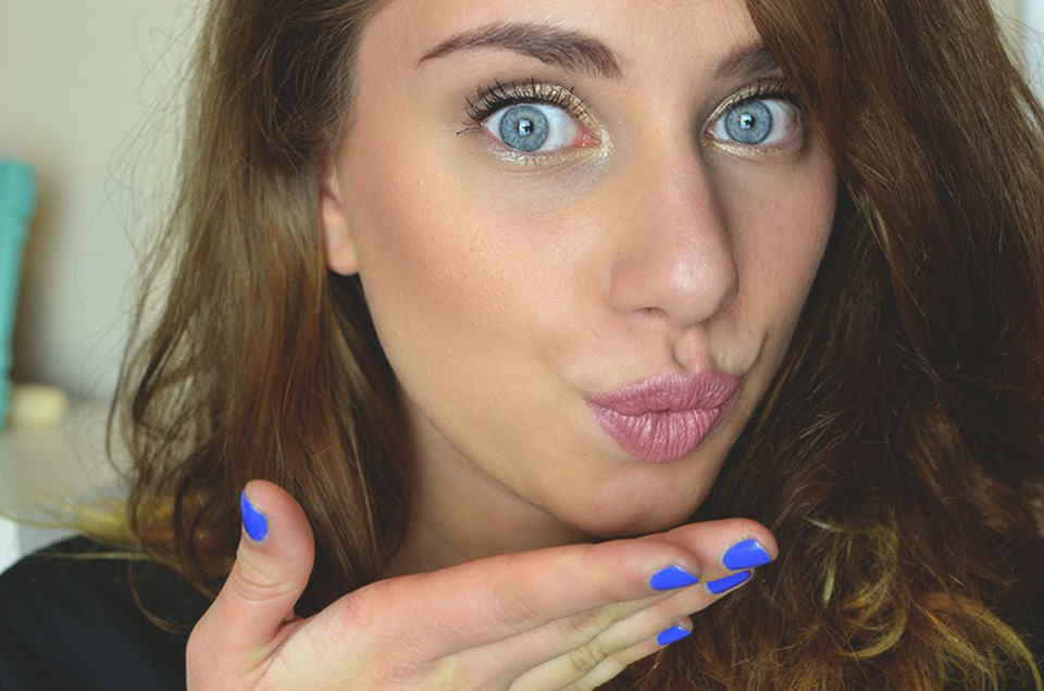 http://www.thisissimplyme.com/2015/05/shiny-eyes-my-style.html