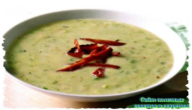 Картофельный суп с беконом и пореем