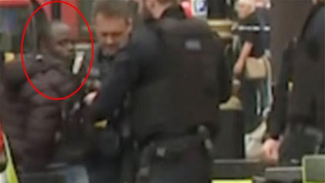 Λονδίνο: Τρομοκρατική επίθεση το αυτοκίνητο που έπεσε στην πύλη του Κοινοβουλίου…