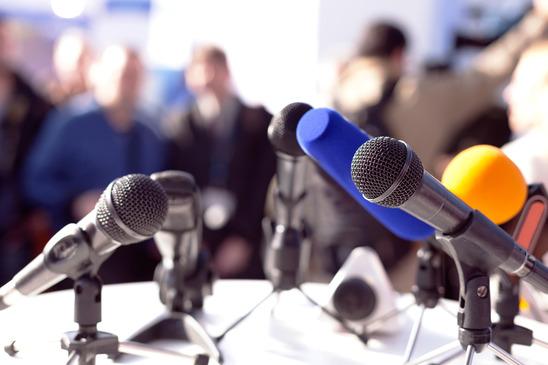 10 pożytecznych wyrażeń w wywiadzie dla mediów