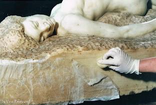 Restauración escultura en marmol