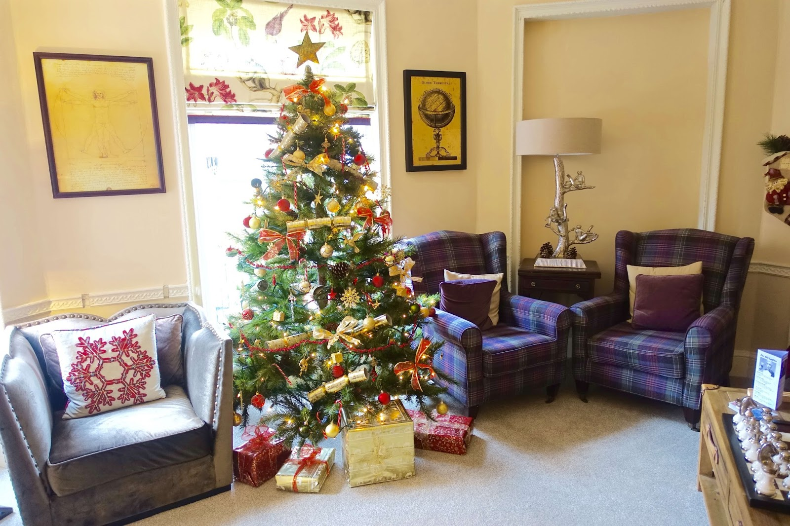 christmas-sitting-room-darwins-townhouse-boutique-hotel