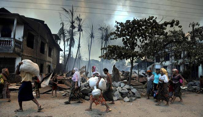 5 Fakta Seputar Tragedi Rohingya yang Harus Kamu Tahu Lebih Dulu Sebelum....