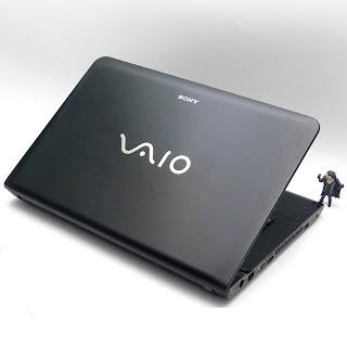 Sony Vaio SVE14122CVB | Core i3