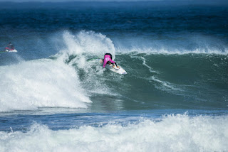 19 Johanne Defay FRA Cascais Womens Pro foto WSL Masurel