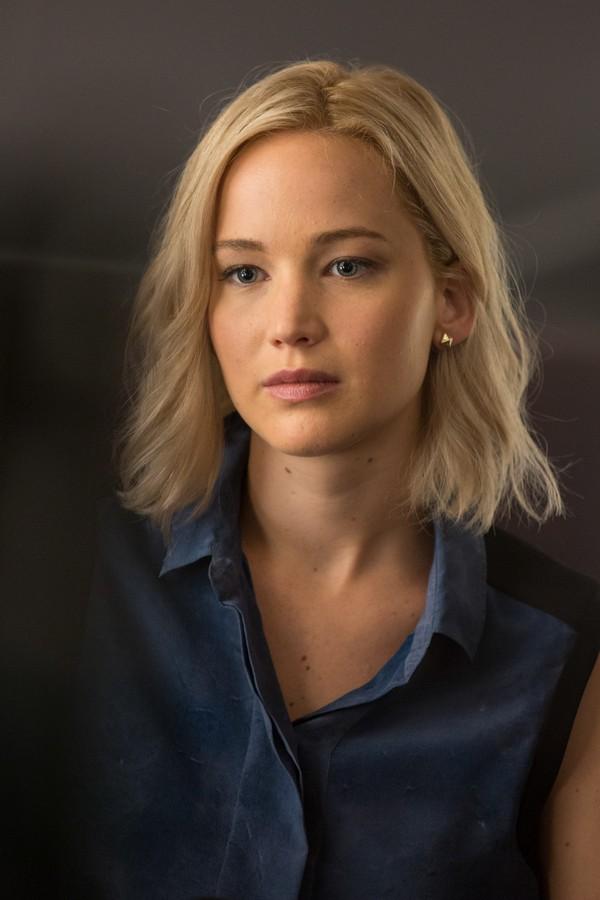 DOCTOR GERE´S COL... Passengers Jennifer Lawrence Imdb