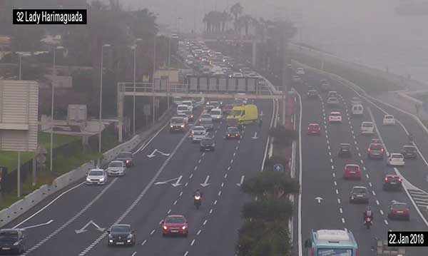 Por accidente cortados al tráfico carriles Autovía Marítima, Las Palmas de Gran Canaria