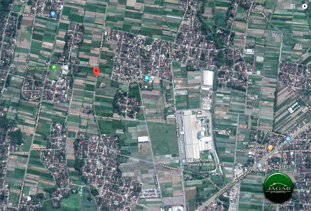 Tanah Tepi jalan dekat SGM Prambanan