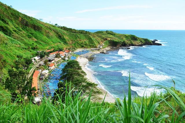 Pantai Terindah di Jawa Tengah Indonesia