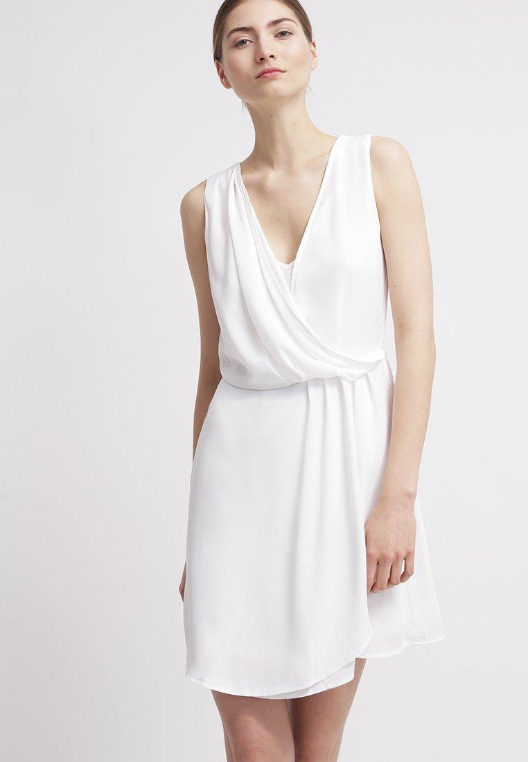 vente en ligne en ligne à la vente modèle unique robe de cocktail mariage zalando