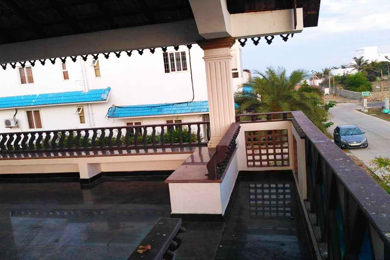 beach villas for rent in ecr