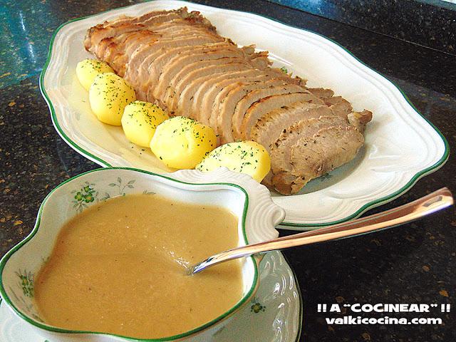 lomo de cerdo al horno con salsa de manzana