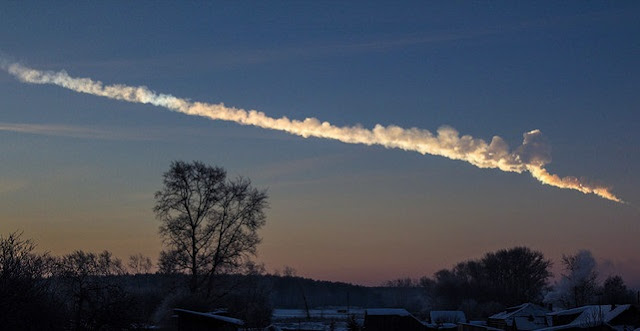 The Chelyabinsk superbolide flew over the Urals early on the morning of February 15, 2013. Credit: Alex Alishevskikh