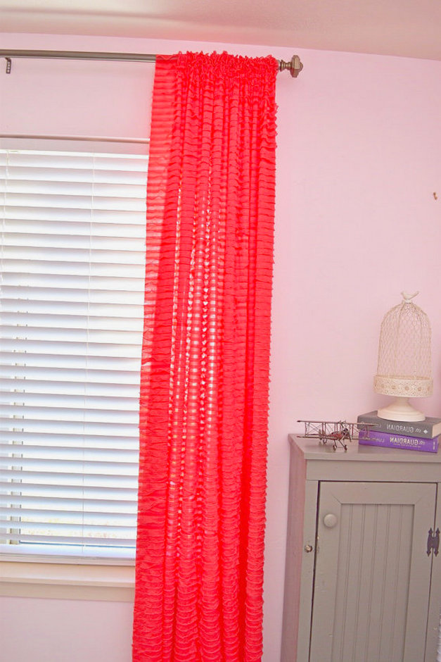 homeypaper: awesome coral ruffle curtain inspiration