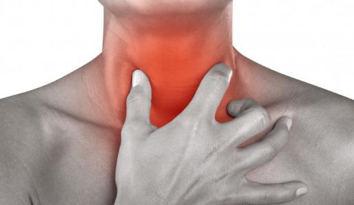 10 Cara Mengobati Radang Tenggorokan Secara Alami & Efektif