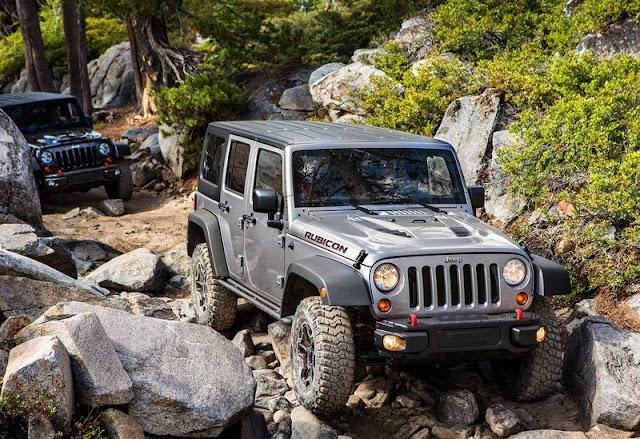 2013 Jeep Wrangler Rubicon 10th Anniversary Edition Front