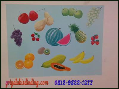 Mural lukis dinding tema gambar aneka buah-buahan