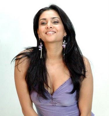 Labels Ramya Kannada Actress Hot Pics Ramya Kannada Actress Navel Show