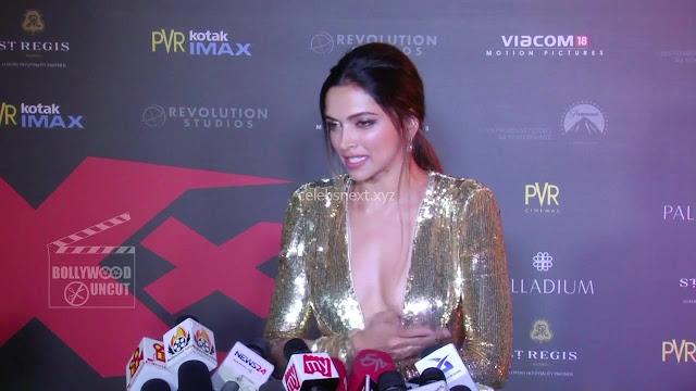 Deepika Padukone Promoting   Return of Xander Cage in India in Golde Gown 01 .xyz.jpg